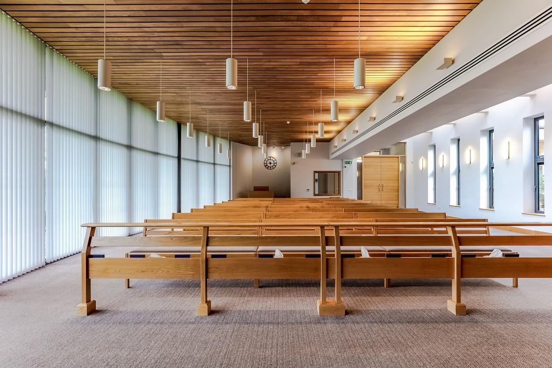 solid linear wood ceiling at Aylesbury Vale Crematorium